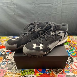 Under Armour Football Cleats Size 10 Mens